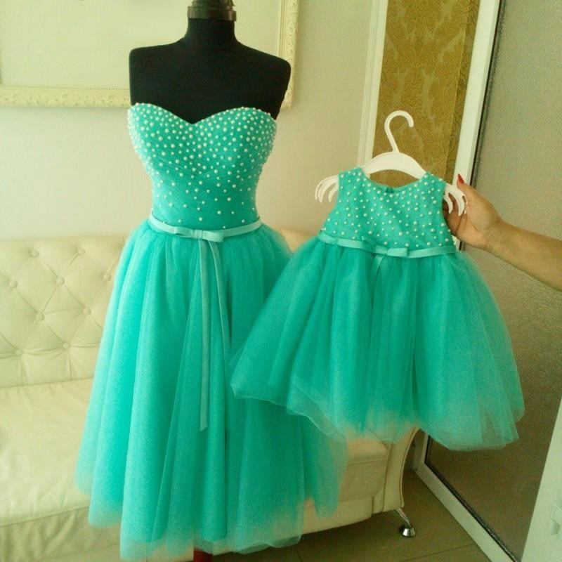 Elegant Sweetheart Prom Dresses with Pearl Beads, Short Homecoming Dress with a Belt, Knee-length Green Prom Dresses, #020102040
