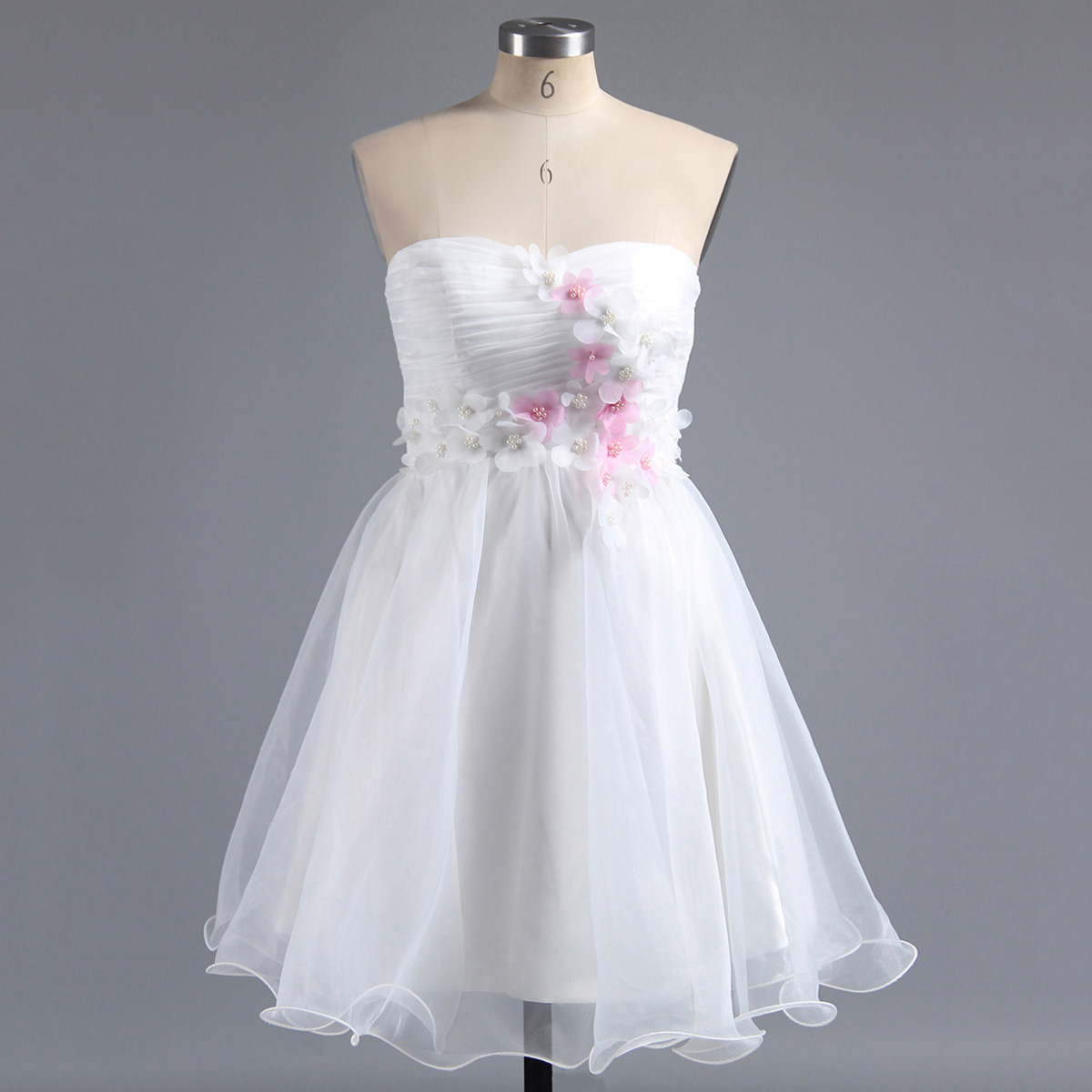White Sweetheart Homecoming Dress with 3-D Appliques, Floral Short Homecoming Dress, Sweet Organza Homecoming Dress with a Ribbon, #02013244