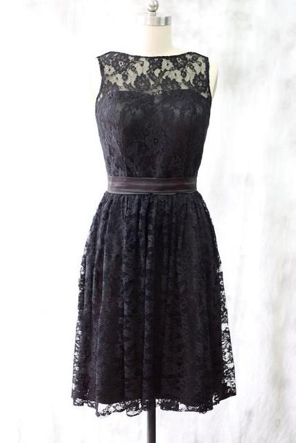 Black Lace Sweetheart Illusion Knee Length A-Line Bridesmaid Dress Featuring Self Tie Sash